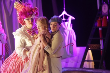 Co-Opera_Co,_Hansel_and_Gretel,_August_2012_LOW_RES_2